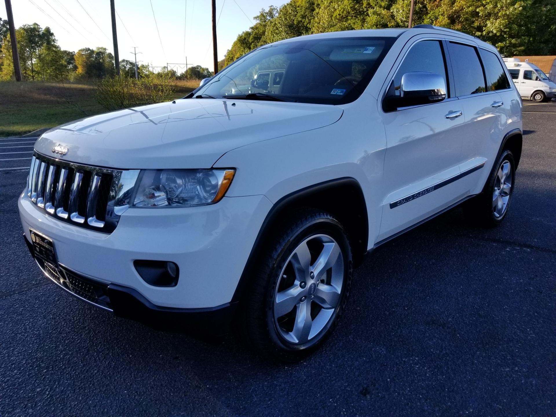 Pre-Owned 2011 Jeep Grand Cherokee OVRLND