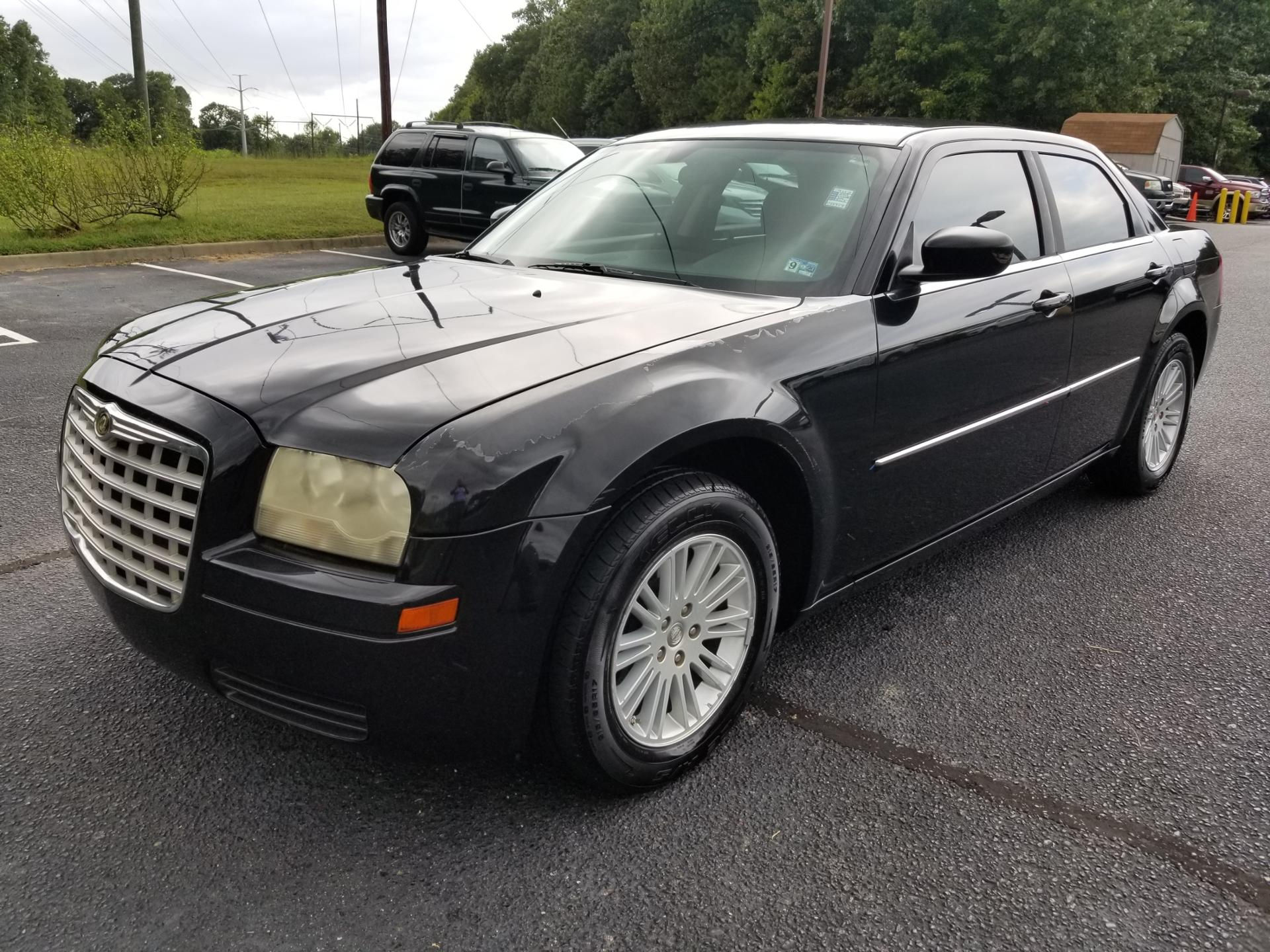 Pre-Owned 2009 Chrysler 300-Series LX