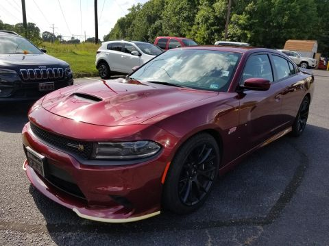 Certified Pre-Owned 2018 Dodge Charger R/T Scat Pack