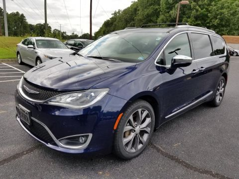 Certified Pre-Owned 2017 Chrysler Pacifica Limited