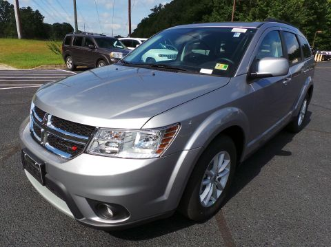 New 2018 DODGE Journey SXT